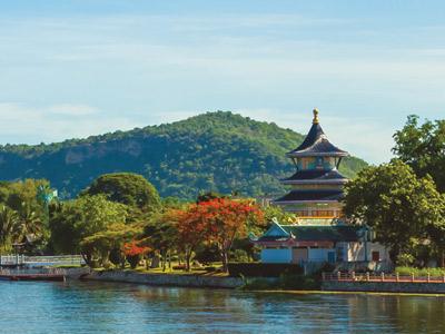 Exploring-thailand-bethel-tour-8-temples